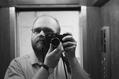 Picture of myself in front a mirror. I still had a few hair at the time this picture was taken ;)